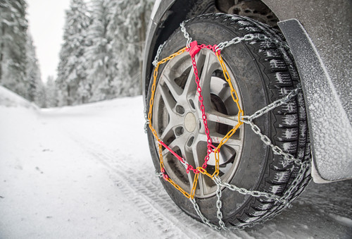 Warum Schneeketten im Ski Urlaub so wichtig sind!