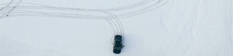 Im Winter grundsätzlich, vorsichtig anfahren und behutsam lenken