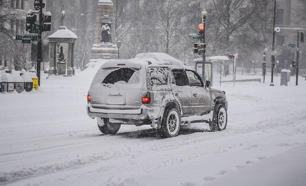 Mit scheibenwischer.com gut vorbereitet in den Schneesturm
